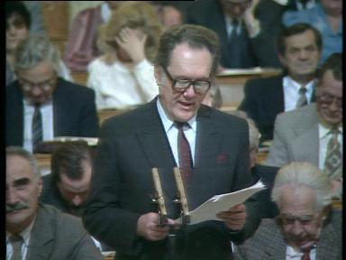 Kulcsár Kálmán, igazságügy-miniszter