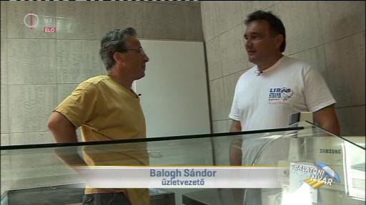 Balogh Sándor, üzletvezető [jobbra]