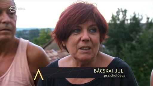 Bácskai Juli, pszichológus